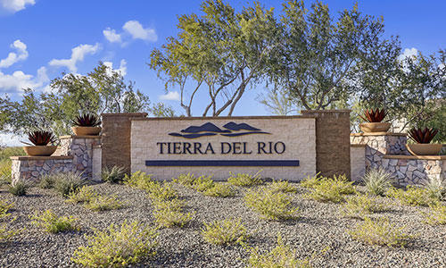Entrance sign at Tierra Del Rio in Peoria, Arizona